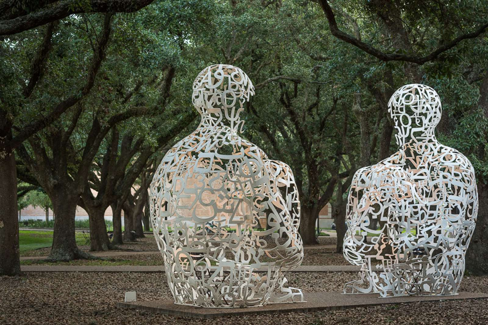 Jaume Plensa, Mirror, 2011. Photo: Nash Baker