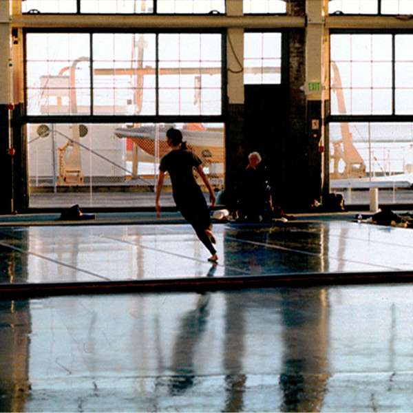 Tacita Dean, Craneway Event, 2009, 16 mm colour anamorphic film, optical sound, 108 min. Film still. Courtesy of the artist, Marian Goodman Gallery, New York/Paris, Frith Street Gallery, London.
